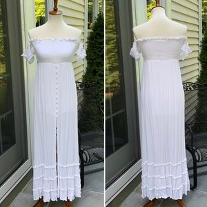 Like NEW, Cotton Candy LA White Maxi Dress